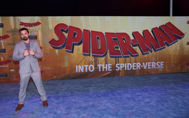 Box Office: 'Spider-Man: Into the Spider-Verse' swings to $35 million debut, 'Mortal Engines' sputters