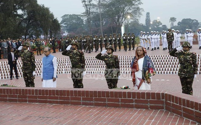President Hamid, PM Hasina pay respects to 1971 martyrs