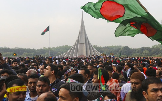 Thousands came to the National Martyrs' Memorial on Sunday to pay their respects to freedom fighters on Victory Day. Photo: Abdullah Al Momin