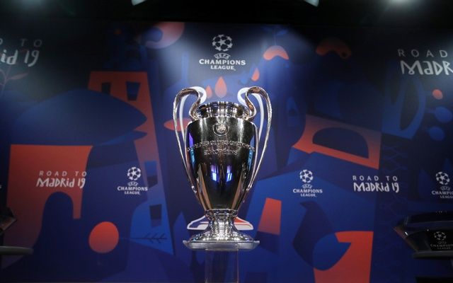 General view of the Champions League trophy before the draw. Round of 16 Draw - Nyon, Switzerland - December 17, 2018. Reuters