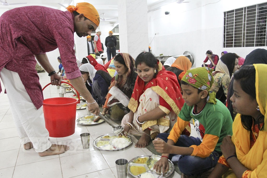 Gurdwara Nanak Shahi is the principal Sikh Gurdwara in Dhaka, Bangladesh. Situated on the Dhaka University campus, it offers free meals after weekly prayers on Friday. Photo: Asif Mahmud Ove