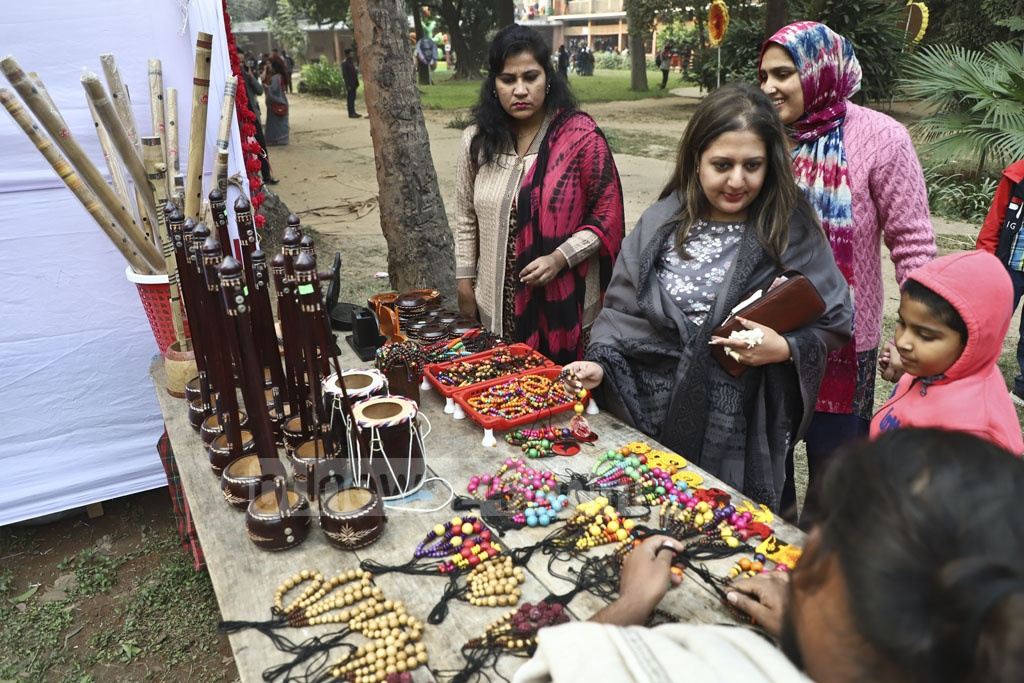 Dhaka University's Faculty of Fine Arts has organised 'Zainul Mela' as part of Zainul Festival on the occasion of the 104th birthday of painting legend Zainul Abedin from Dec 25 to 29. This photo was taken on Thursday. Photo: Abdullah Al Momin
