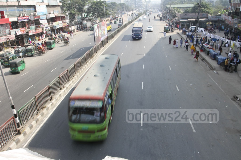 Dhaka started to look empty on Friday in absence of the thousands who have left the capital to vote in their constituencies. The photo was taken at Kallyanpur. Photo: Asif Mahmud Ove