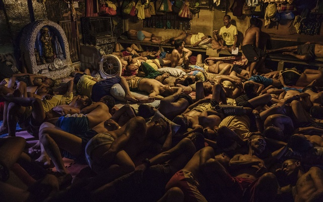 Detainees sleep at Manila City Jail in Manila, Philippines, Oct 31, 2018. Misery and overcrowding are worse than ever in the Philippines' pre-trial jails, with guards so outnumbered that gangs increasingly keep the peace. The New York Times