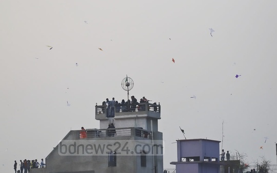 Residents of Old Dhaka celebrating Sakrain with fireworks and by flying kites on the last day of Poush, the first month of winter in Bangla calendar, on Monday. Photo: Abdullah Al Momin