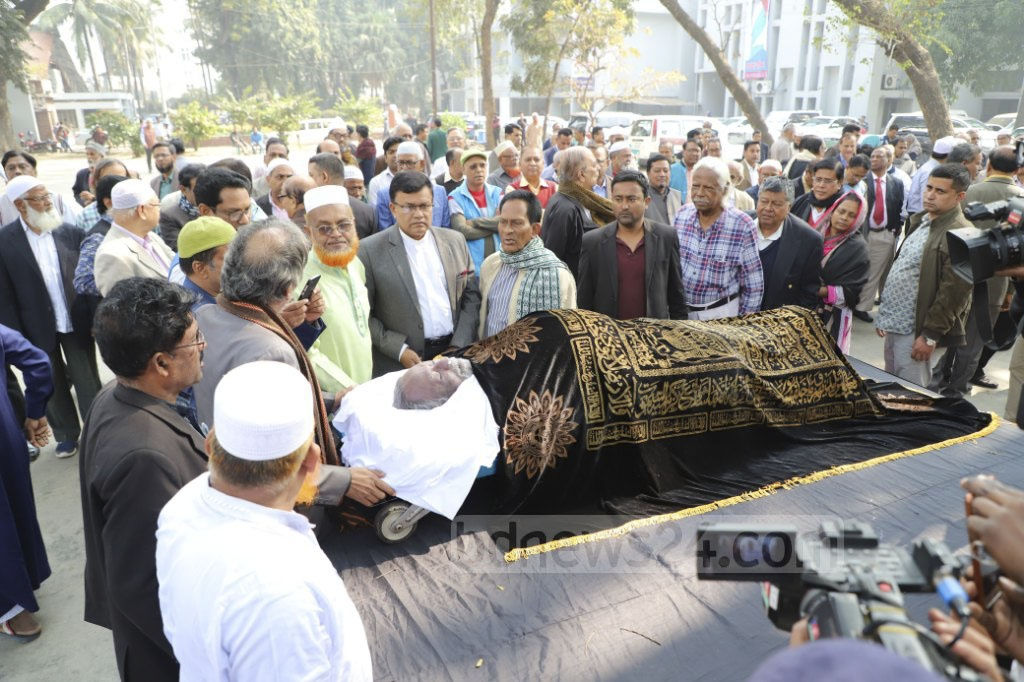 The mortal remains of journalist Amanullah Kabir were brought to the National Press Club on Wednesday. Photo: Abdullah Al Momin