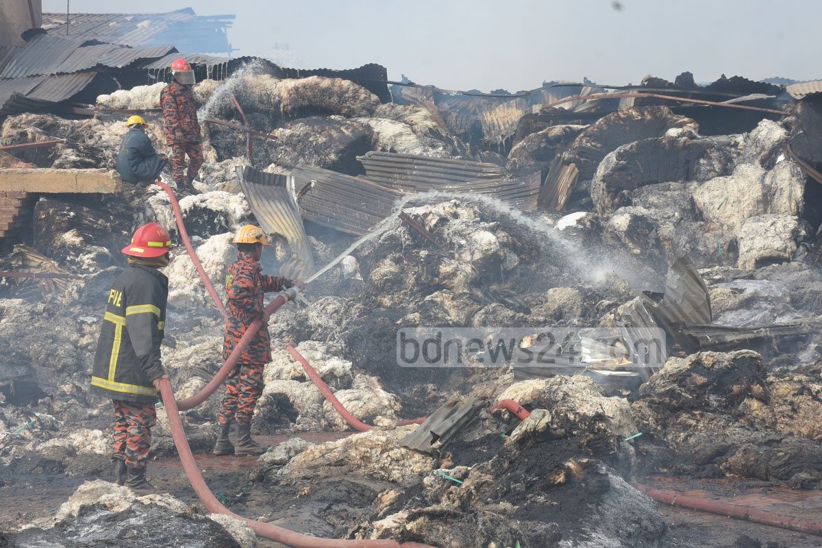 Several warehouses at the now-defunct Victory jute mill in Chattogram caught fire on Friday. Firefighters worked to put out the blaze until Saturday. Photo: Suman Babu