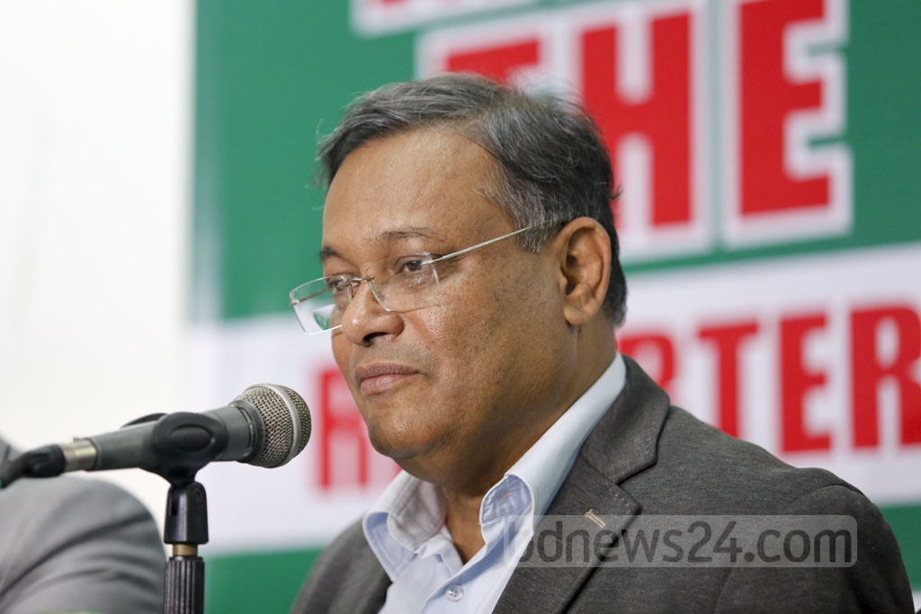 Information Minister Muhammad Hasan Mahmud attends a 'Meet the Reporters' event at the Dhaka Reporters Unity on Sunday. Photo: Mostafigur Rahman