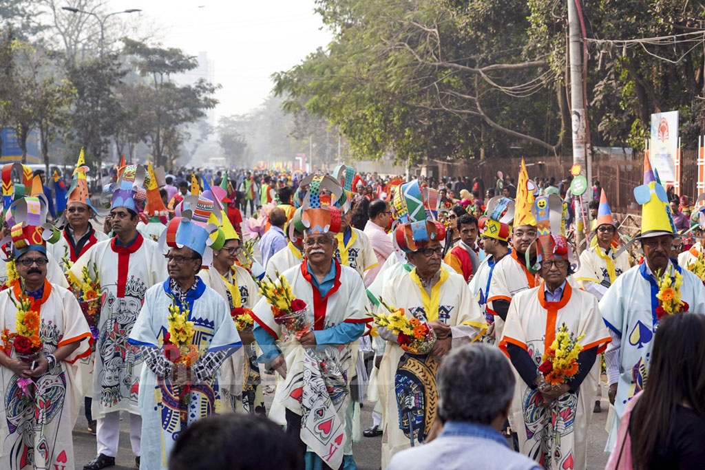 The Bishwo Shahitto Kendro took out a colourful procession in Dhaka on Friday to mark its 40th founding anniversary.