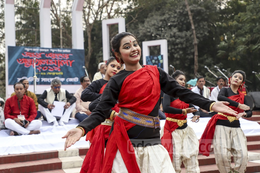 Artistes performing a dance sequence at the Central Shaheed Minar in Dhaka on Friday as the Sammilita Sangskritik Jote opened its 14-day programme in commemoration of the Amar Ekushey. Photo: Abdullah Al Momin