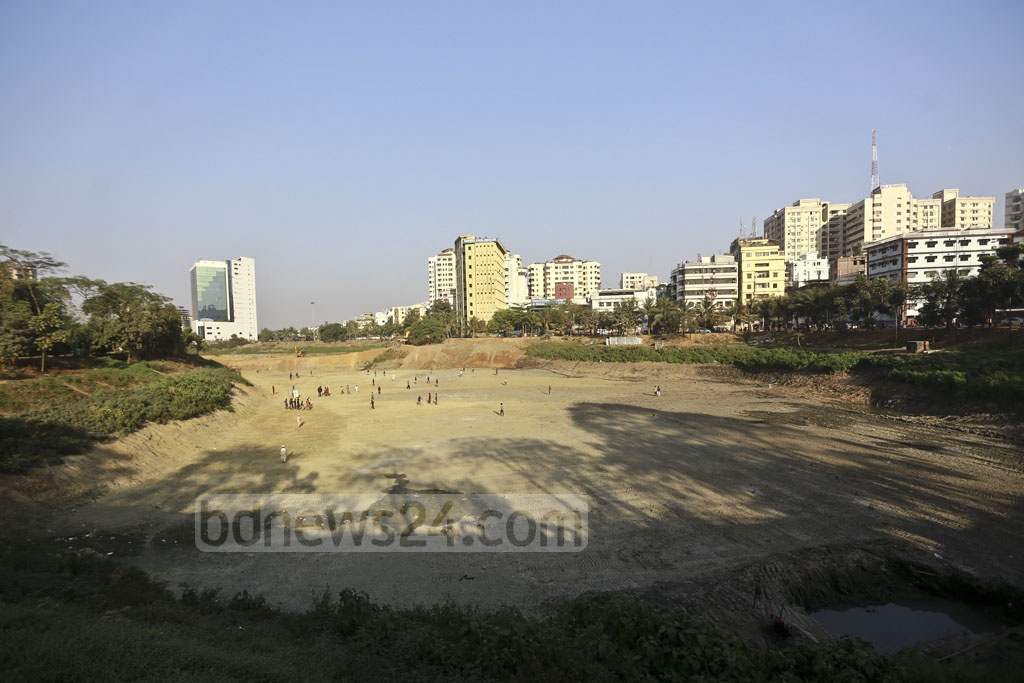 Dhaka city has only a few playing fields left. The traffic makes it difficult for children to visit the few that remain. Now children use whatever open space is available for their games. A group of children is using an area cleared out in Dhaka's Hatirjheel as a makeshift field. Photo: Mahmud Zaman Ovi