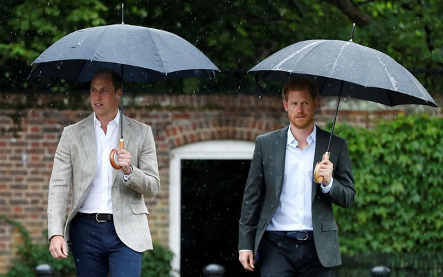 File Photo: Britain's Prince William, Duke of Cambridge and Prince Harry visit the White Garden in Kensington Palace in London, Britain Aug 30, 2017. REUTERS/Kirsty Wigglesworth/Pool/File Photo