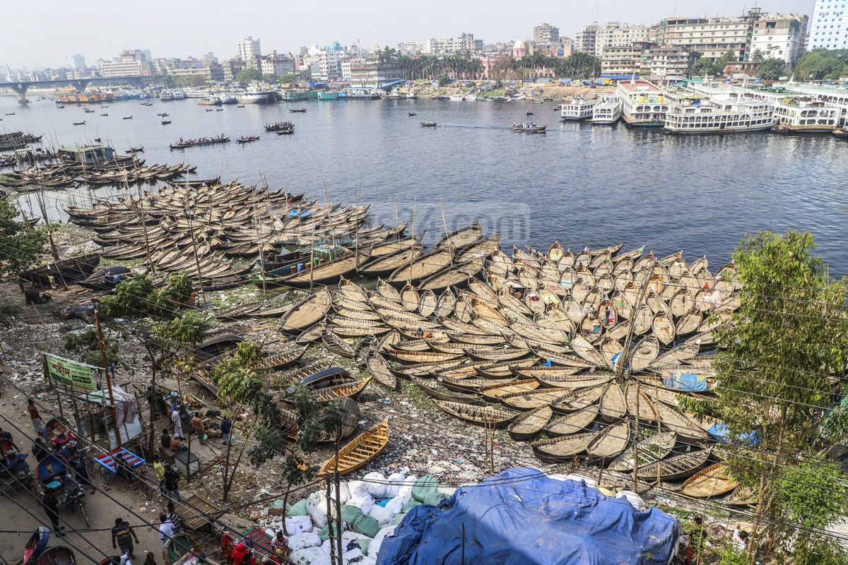 Small wooden boats are docked on the bank of the Buriganga River at Keraniganj's Aganagar after the authorities removed a pier in Dhaka's Sadarghat Launch Terminal area. Photo: Abdullah Al Momin
