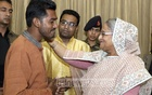 Rise above personal interests: Hasina tells DUCSU leaders