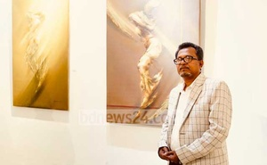 Jahangir Hossain, Bangladesh artist. Photo courtesy of Tang Lu