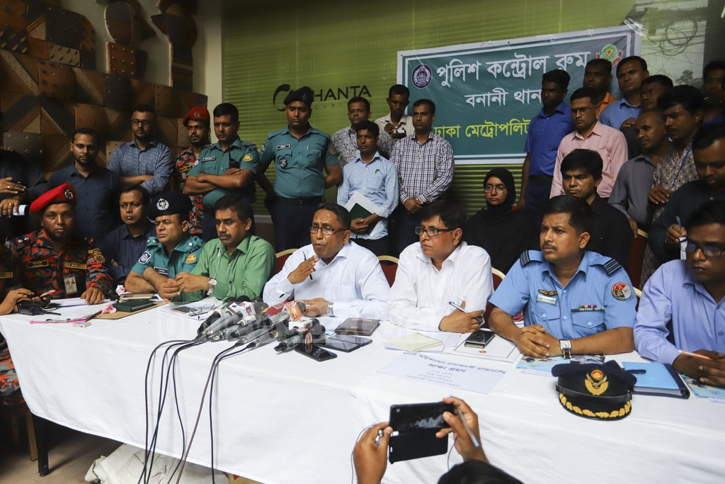 Faizur Rahman, additional secretary to the disaster management and relief ministry, briefs the media after a public hearing on the FR Tower fire incident at Banani's Safura Tower on Sunday. Photo: Asif Mahmud Ove