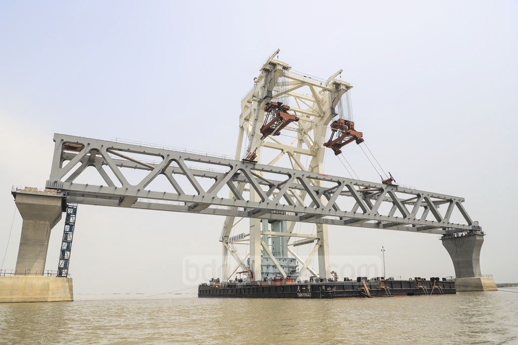 The 10th span of the Padma Bridge was installed at Mawa end on Wednesday. Photo: Abdullah Al Momin