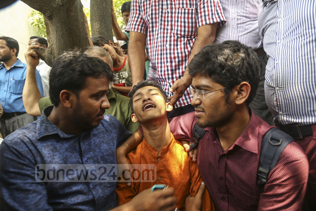 Nusrat's younger brother wailing in grief. The photo was taken from the Dhaka Medical College Hospital on Thursday. Photo: Mahmud Zaman Ovi