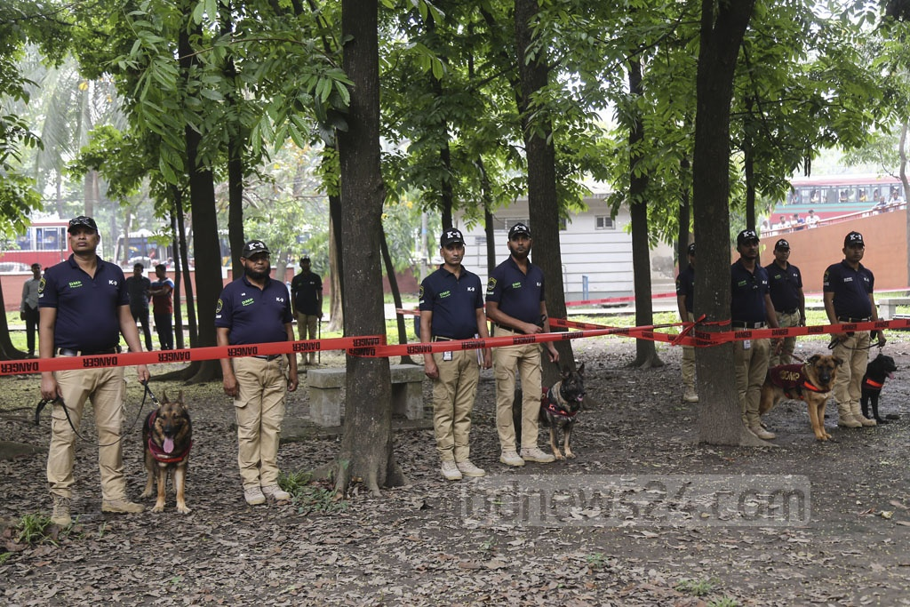 Members of Dhaka Metropolitan Police stand guard at Ramna, the venue of a key Pahela Baishakh event of Chhayanaut, ahead of Bangla New Year celebrations. Photo: Mahmud Zaman Ovi