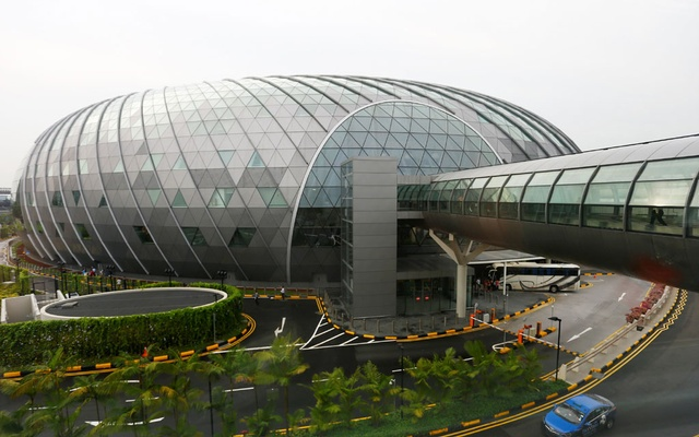 A general view shows the facade of Jewel, along with a walkway linking it to the various terminals in Changi Airport in Singapore, April 11, 2019. Reuters