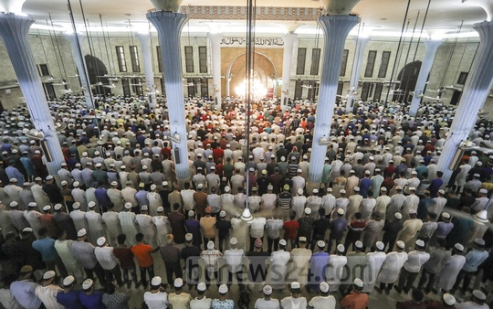 Muslim devotees offer prayers on Shab-e-Barat at the Baitul Mukarram Naional Mosque in Dhaka on Sunday night.