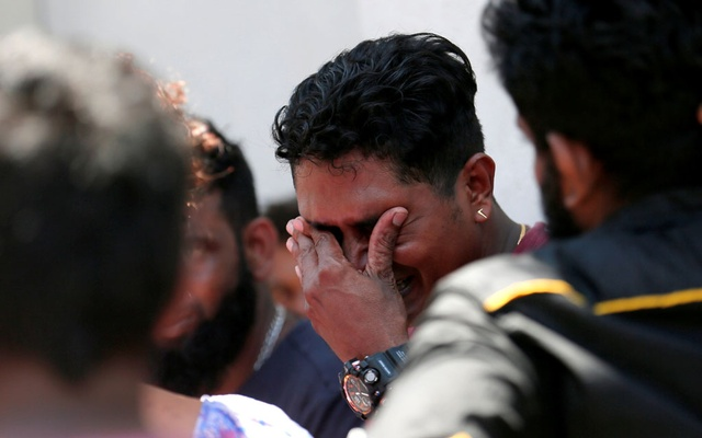 A relative of a victim of the explosion at St. Anthony's Shrine, Kochchikade church reacts at the police mortuary in Colombo, Sri Lanka April 21, 2019. Reuters
