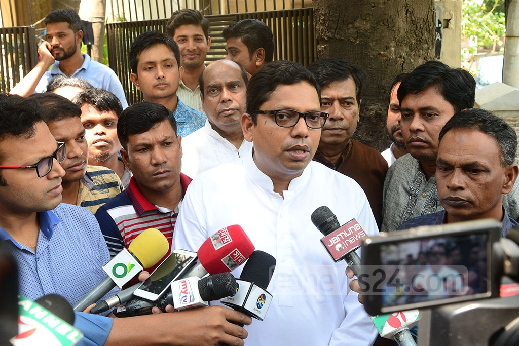 State Minister for ICT Zunaid Ahmed Palak speaking to media on Monday after visiting the residence of Awami League leader Sheikh Fazlul Karim Selim at Dhaka's Banani. Selim's grandson Zayan Chowdhary was among the 290 people killed in the Easter Day bomb blasts in Sri Lanka on Sunday.