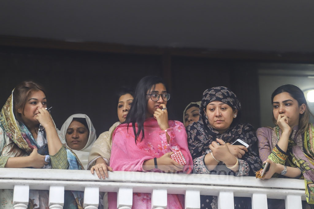 Tearful relatives look on as the body of Zayan Chowdhary, the Bangladeshi boy killed in the Sri Lanka Easter Sunday attacks, is being carried out of their Banani home for a Namaz-e-Janaza and burial on Wednesday. Photo: Asif Mahmud Ove