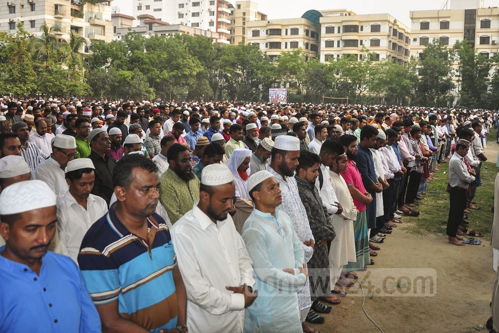 A Namaz-e-Janaza of Zayan Chowdhary, the Bangladeshi boy killed in the Sri Lanka Easter Sunday attacks, was held at the Chairmanbarhi Ground in Dhaka's Banani on Wednesday. Photo: Asif Mahmud Ove