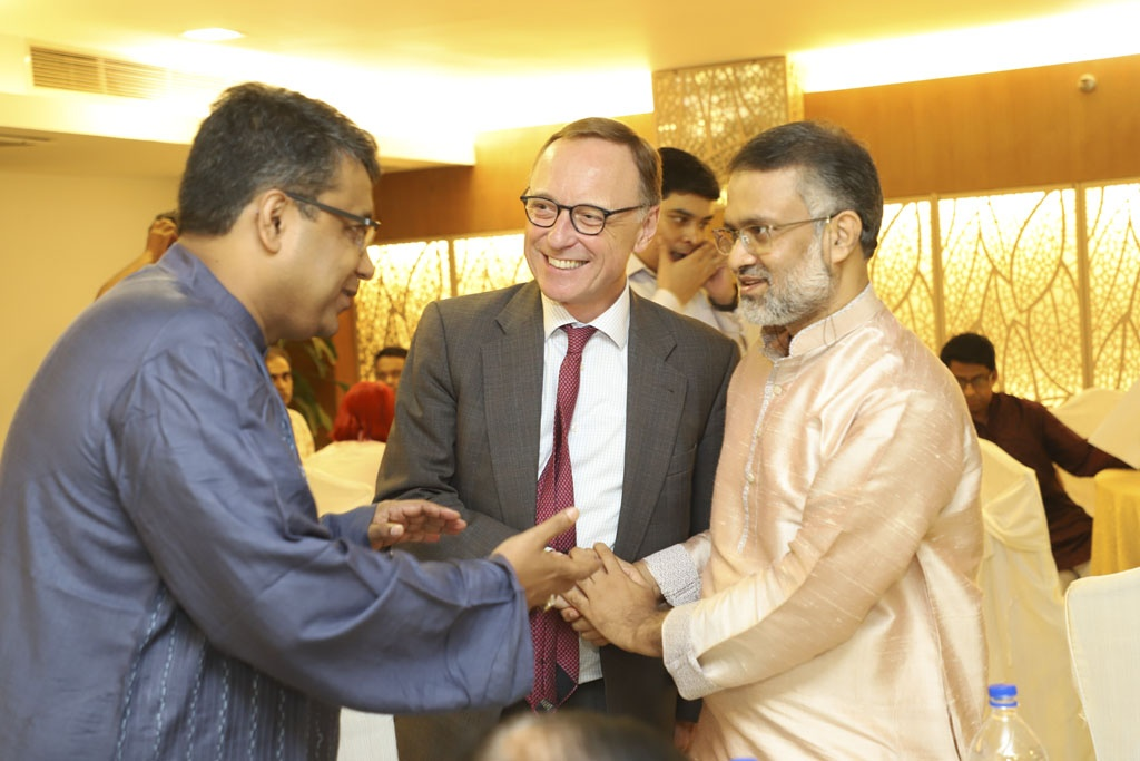 The Netherlands Ambassador Harry Verweij in the first public event of the Editors Guild, Bangladesh in Dhaka with its President Toufique Imrose Khalidi and member Shoeb Chowdhury, Chairman of The Asian Age Editorial Board.