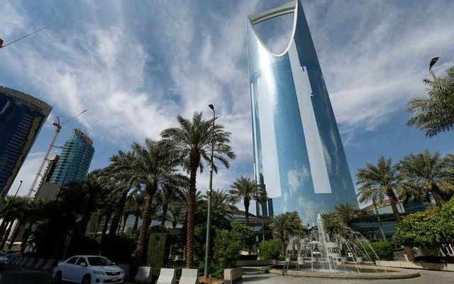 File Photo: The Kingdom Centre Tower is seen in Riyadh, Saudi Arabia, November 5, 2017. Reuters