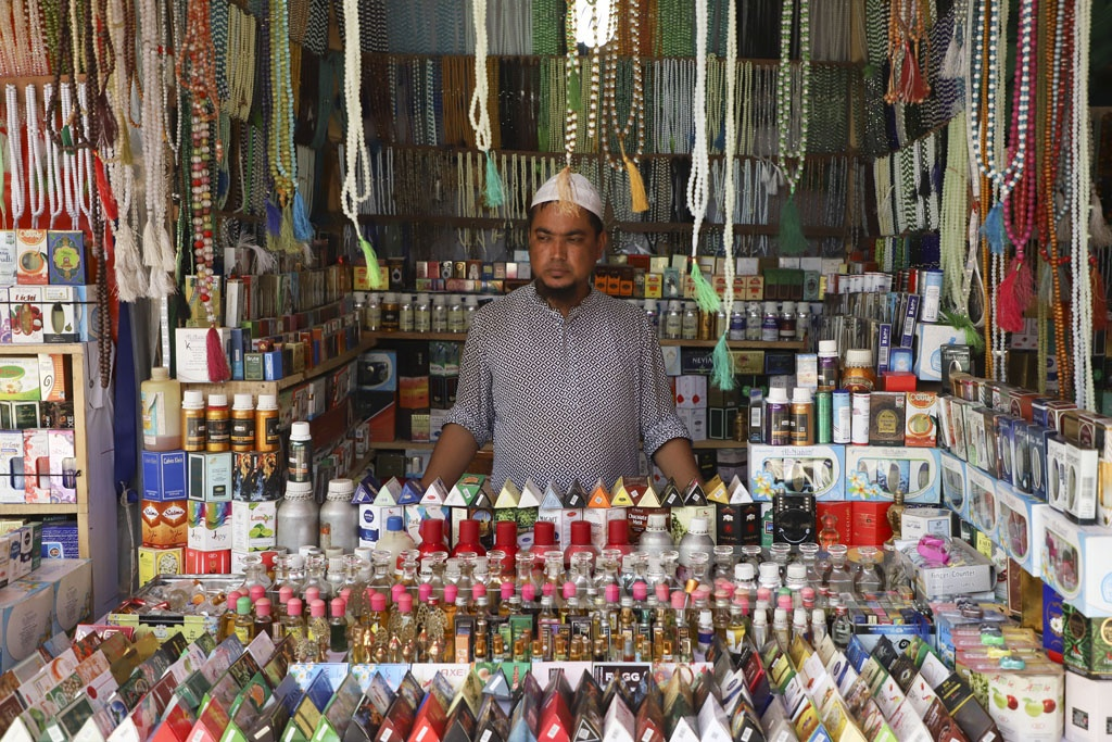 Shopkeepers display their products at the Baitul Mukarram National Mosque market ahead of the Eid-ul-Fitr. Photo: Abdullah Al Momin
