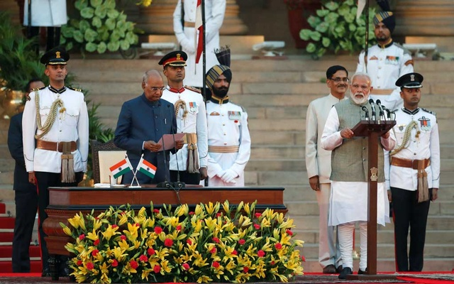 India's President Ram Nath Kovind administers oath of India's Prime Minister Narendra Modi during a swearing-in ceremony at the presidential palace in New Delhi, India May 30, 2019. Reuters