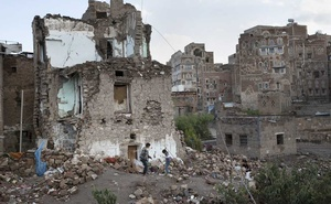 Boys play in the rubble of a home destroyed in an airstrike on the Old City of Sanaa, Yemen, Oct 23, 2018. Prince Mohammed bin Zayed grew the United Arab Emirates's power by following America's lead. He now has an increasingly bellicose agenda of his own. And President Donald Trump seems to be following him. The New York Times