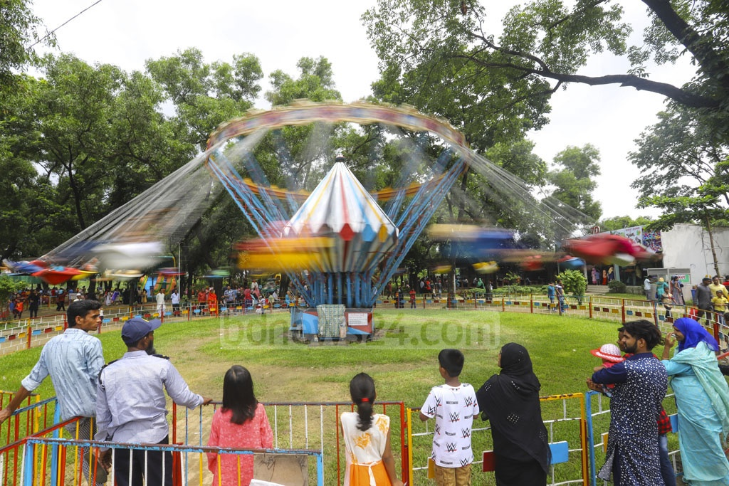 Visitors enjoying rides at the BAF Museum in Dhaka's Agargaon on Friday after Eid-ul-Fitr. Photo: Asif Mahmud Ove