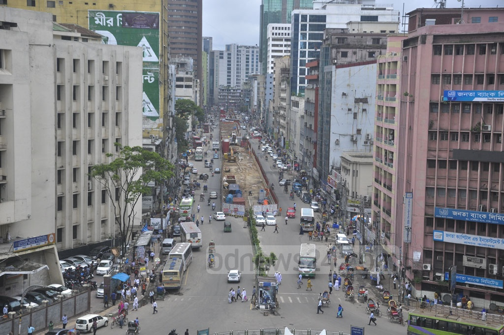 The streets in Dhaka's commercial district were almost empty on the first work day after the Eid-ul-Fitr holidays on Sunday.