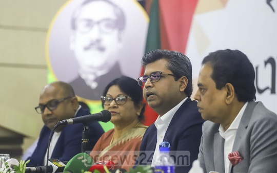 FBCCI President Sheikh Fazle Fahim speaks at a press conference in Dhaka on Saturday about its views on the proposed budget for 2019-20. Photo: Asif Mahmud Ove
