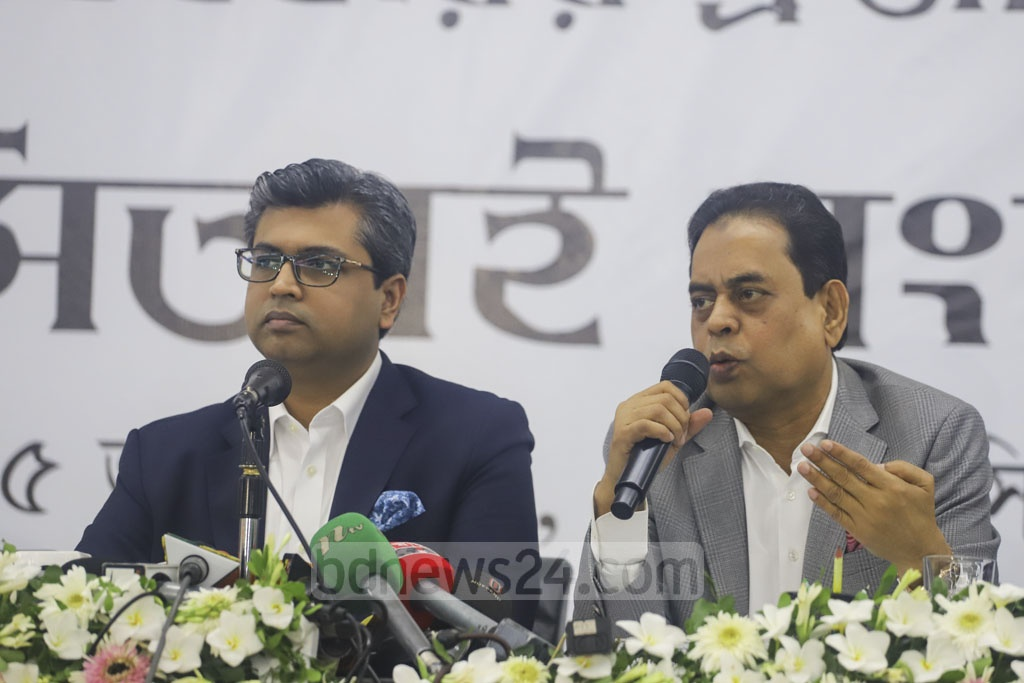 FBCCI Vice-President Siddiqur Rahman addresses a press conference in Dhaka on Saturday about its views on the proposed budget for 2019-20. Photo: Asif Mahmud Ove