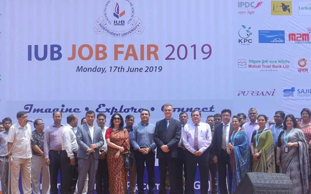 IUB holds daylong job fair for students and alumni