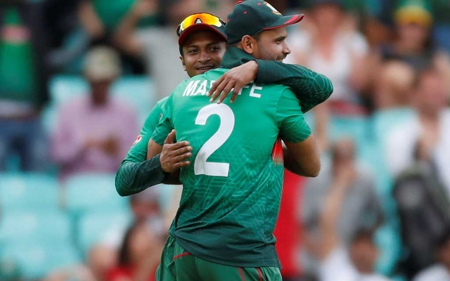 ICC Cricket World Cup - South Africa v Bangladesh - Kia Oval, London, Britain - June 2, 2019 Bangladesh's Mashrafe Mortaza celebrates after the match Action Images via Reuters