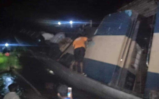 At least three dead as Upobon Express crashes, snaps rail links with Sylhet
