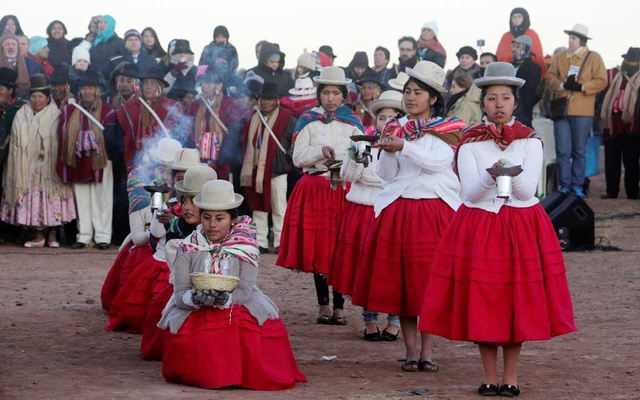 Aymara women participate during a winter solstice ceremony that coincide with the Aymara Indian New Year in Tiwanaku, La Paz, Bolivia, Jun 21, 2019. REUTERS