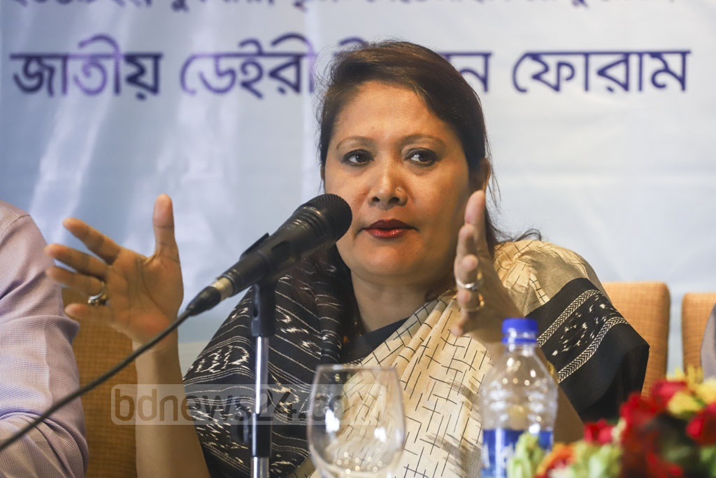 National Dairy Development Forum President Umme Kulsum Srity briefs the media in a Dhaka hotel on Wednesday on their demands including relaxation of import duty on powdered milk and greater enhancement for the dairy industry in the proposed budget for fiscal 2019-20. Photo: Asif Mahmud Ove