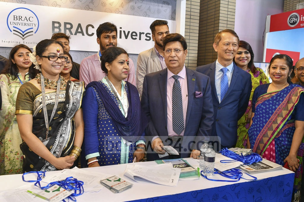 Foreign Minister AK Abdul Momen visits stalls at the Bangabandhu International Conference Centre after inaugurating the two-day career fair on Thursday. Photo: Asif Mahmud Ove
