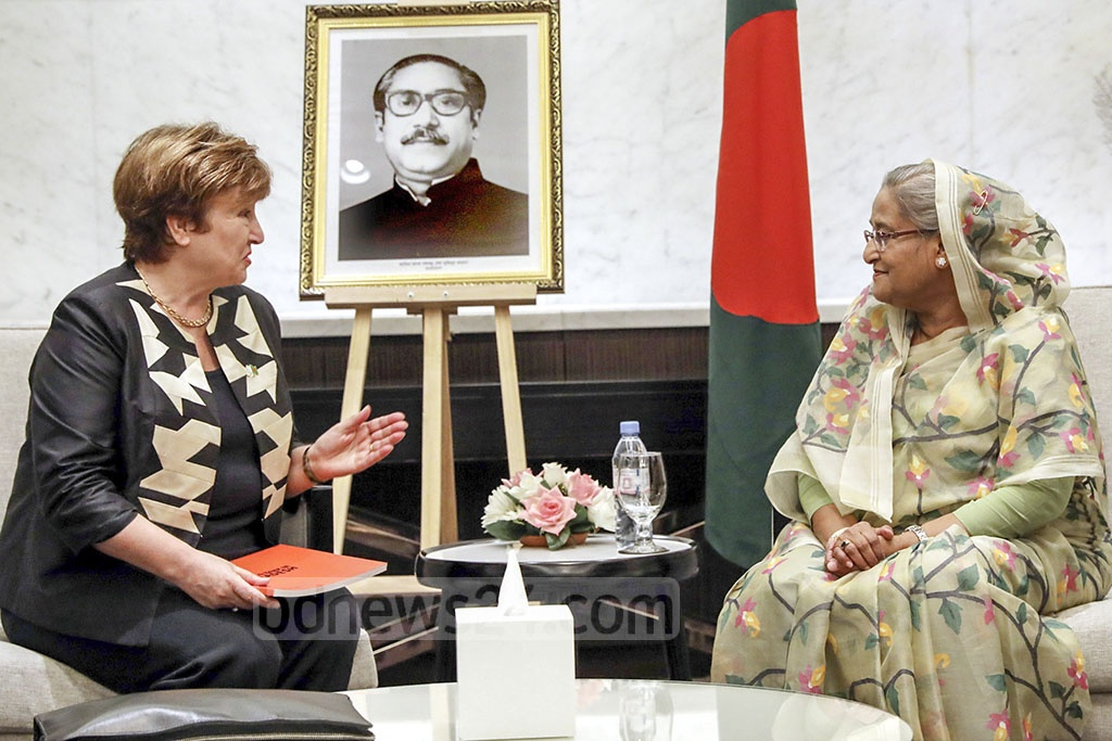 Visiting World Bank CEO Kristalina Georgieva held a meeting with Prime Minister Sheikh Hasina on the sidelines of Dhaka Meeting of the Global Commission on Adaptation at the InterContinental Hotel in the capital on Wednesday. Photo: Saiful Islam Kallol