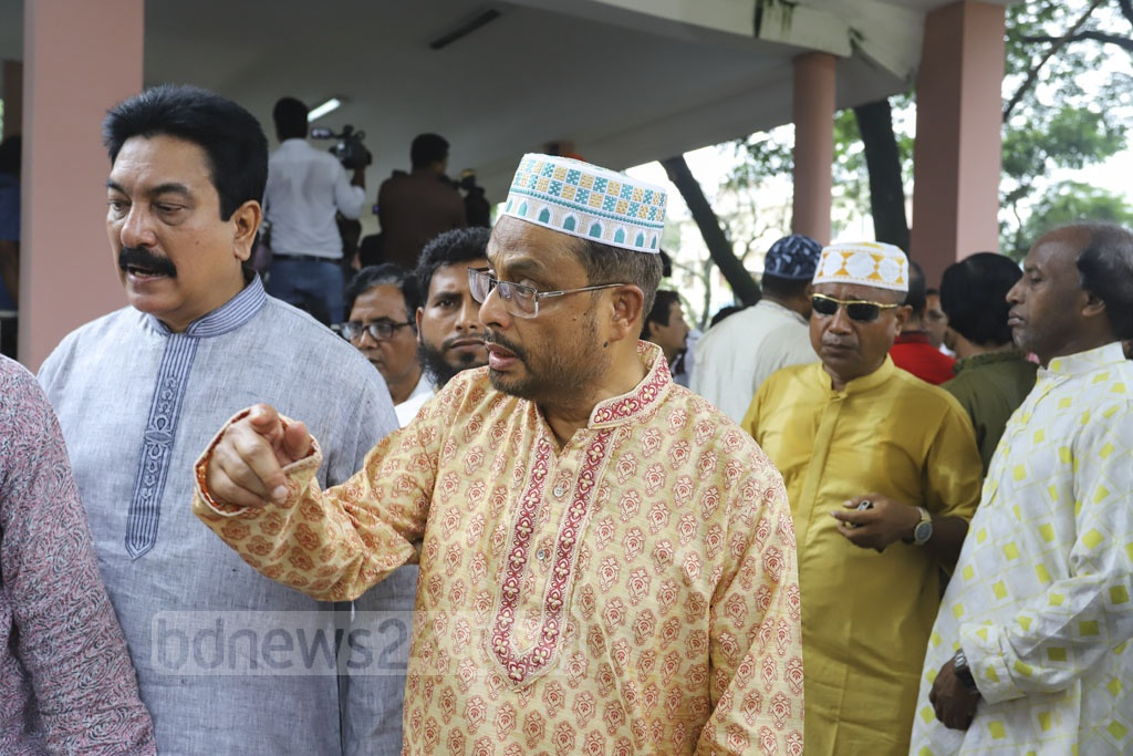 Acting President of Jatiya Party GM Quader and Secretary General Moshiur Rahman Ranga visiting the Combined Military Hospital in Dhaka following the death of party chief HM Ershad on Sunday. Photo: Asif Mahmud Ove
