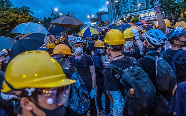 Demonstrators fill the streets during a protest in the Sha Tin area of Hong Kong, on Sunday, Jul 14, 2019. The New York Times