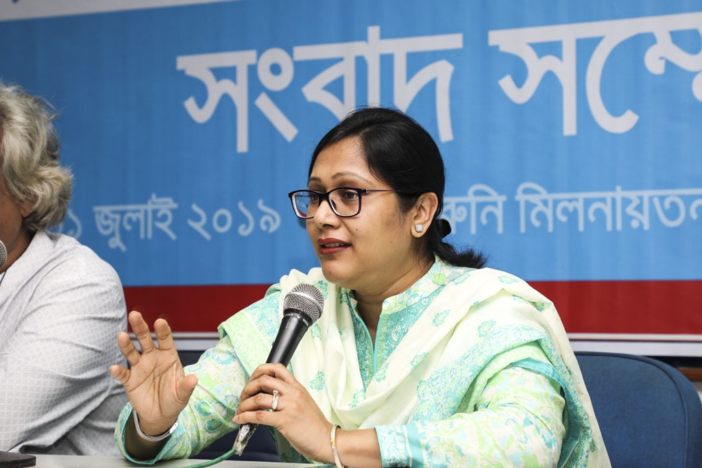 UNICEF Communication Specialist Faria Selim speaking at a media conference organised by the specialised website of child journalists, Hello, at the Dhaka Reporters Unity on Wednesday on the launch of registration for a workshop for children. Photo: Mostafigur Rahman