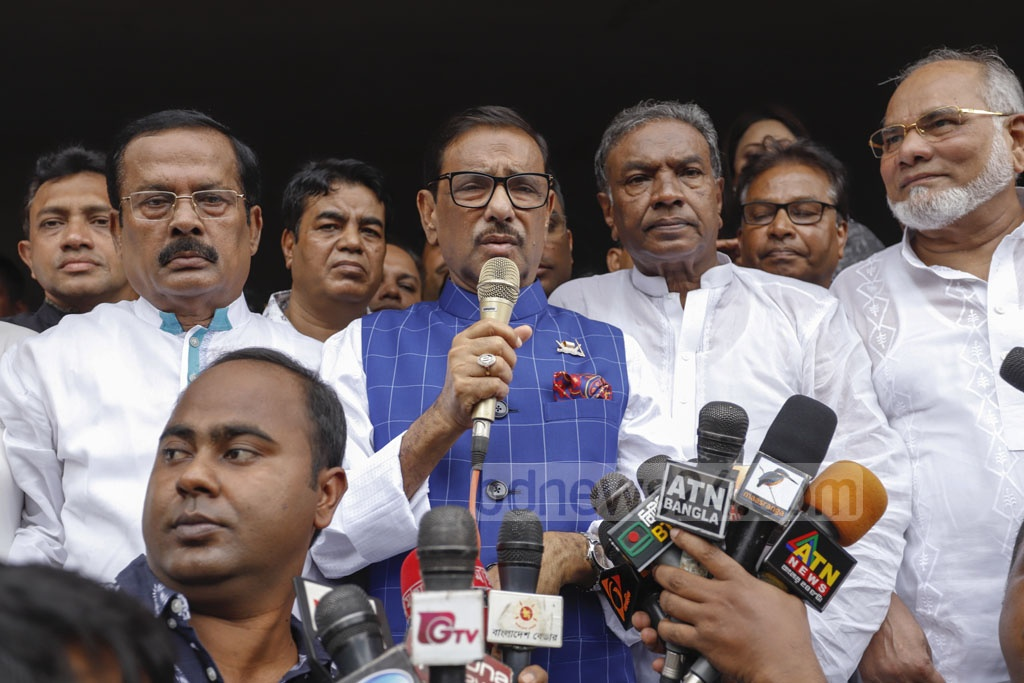 Awami League General Secretary Obaidul Quader speaks after the launch of a dengue awareness campaign by distributing leaflets in front of Ananda Cinema Hall at Farmgate in Dhaka on Saturday. Photo: Mahmud Zaman Ovi