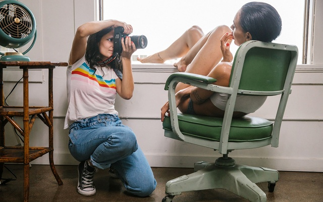 Ana Dias photographing Teela LaRoux, Playboy's July Playmate, in Los Angeles on Mar 5, 2019. In the new iteration of the quarterly, nude models are primarily shot by women.